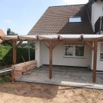 Terassenüberdachung mit Doppelstegplatten Vorderansicht 1
