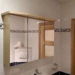Spiegelschrank Massivholz Esche